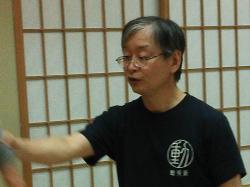 動作術 中島先生の写真.png